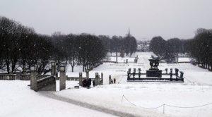 Le parc Vigeland sous la neige